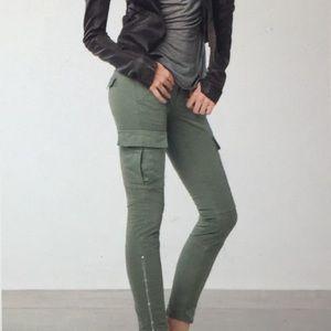 🆕 J.Brand Trendy Houlihan skinny Cargo Pants 👖